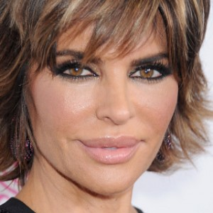Lisa Rinna Changes Her Hair for First Time in 20 Years