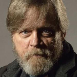 Mark Hamill Sparks 'Star Wars' Speculation