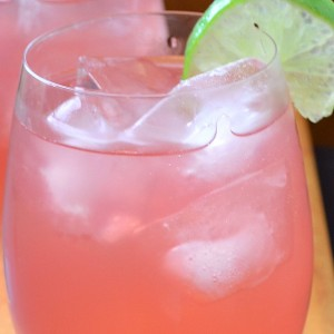 How to Make Your Own Refreshing Pink Lemonade