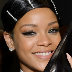 Rihanna's AMA Hairstyle Shocked Fans