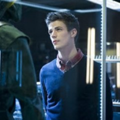 Watch Barry Allen Become The Flash In 'Arrow'