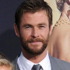 Chris Hemsworth Shoots Down Troubled Marriage Rumors
