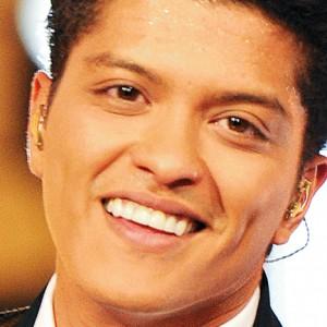Bruno Mars Calls Adele a 'Diva'