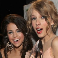 Taylor Swift Ditches Selena Gomez