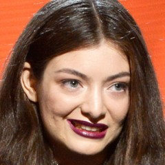 Fashion Editor Denies Lorde's Photoshop Claims