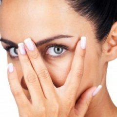 The Natural Way To Get Rid Of Puffy Eyes