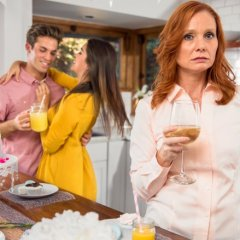 Sneaky Ways Your Partner's Parents Can Affect Your Relationship