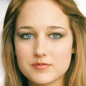 Why Hollywood Wont Cast Leelee Sobieski Anymore