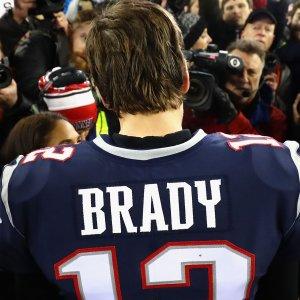 Ref Congratulates Tom Brady for Conspiracy-Theory Gold