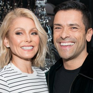 Strange Things Everyone Ignores About Kelly Ripa's Marriage
