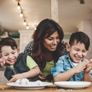 This Is How Much Time the Average Family Spends Together