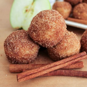 Amazing Apple-Cinnamon Doughnuts