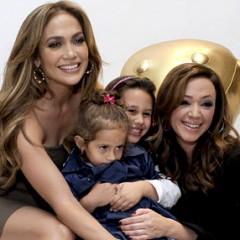 Jennifer Lopez & Leah Remini Disc