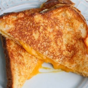This Simple Hack Makes the Perfect Grilled Cheese