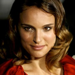 Natalie Portman Sought For Jackie O Biopic