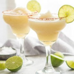 Non-Alcoholic Party Drinks Everyone Will Love