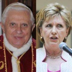 Pope John Paul Refused To Shake Hand Of Female President