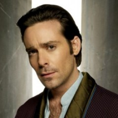 Battlestar Galactica's James Callis Cast For Arrow