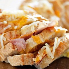 Ham, Cheese and Egg Brunch Pull-Apart Recipe