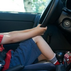 6-Year-Old Boy Drives Car to Pick-up Chinese Food