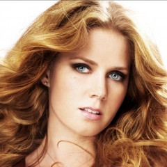 Amy Adams feels Exposed On Set