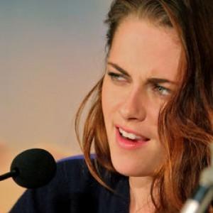 8 Incredibly Awkward Kristen Stewart Moments