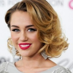 Miley Cyrus Responds to Bieber Dating Rumors