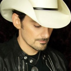 Brad Paisley Fulfills Promise to Fan Who Died of Cancer